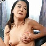 ガリガリの貧乳五十路熟女が1回限りのAV出演、快楽に溺れた加瀬奈緒美50歳