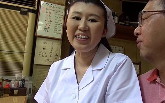 野村花江46歳素人お母さんは陥没乳首にペチャパイの淫乱熟女だった!