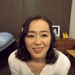 友人の母・栗野葉子47歳とVRで擬似セックス体験 高画質でリアルすぎるアラフィフ熟女