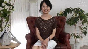 五十路の性欲ハンパない!生野光代(別名 久富夏枝)51歳 毎日オナニーする貧乳おばさん