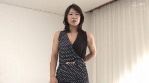 Gカップ乳を揺らして痙攣イキ!原口夏菜子40歳バックからの突き上げに大絶叫の四十路熟女