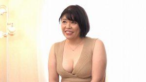 アラフィフぽっちゃりAV女優デビュー 三浦なお美49歳タプタプの熟女ボディーの豊満妻